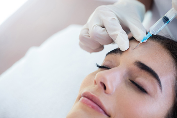 Woman getting Botox at Arrowhead Oral and Maxillofacial Surgery in Glendale, AZ
